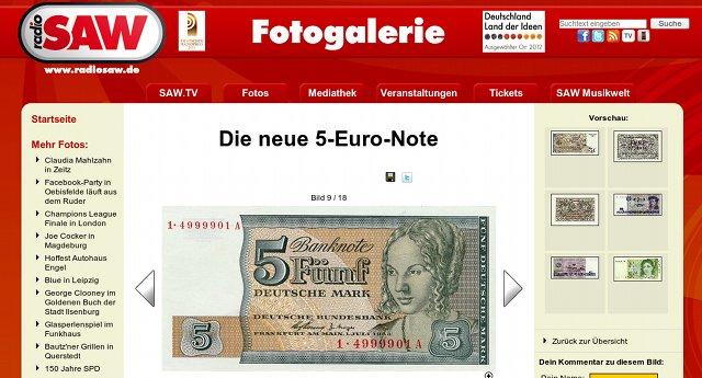 Screenshot von Radio SAW: Die neue 5-Euro-Note -- und darunter eine 5-DM-Note einer Ersatzserie der Deutschen Bundesbank