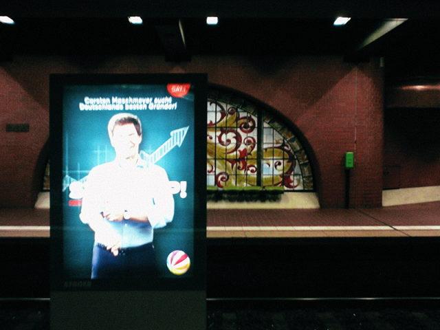 Werbung für eine Sat.1-Fernsehsendung -- Carsten Maschmeyer sucht Deutschlands besten Gründer -- STARTUP!